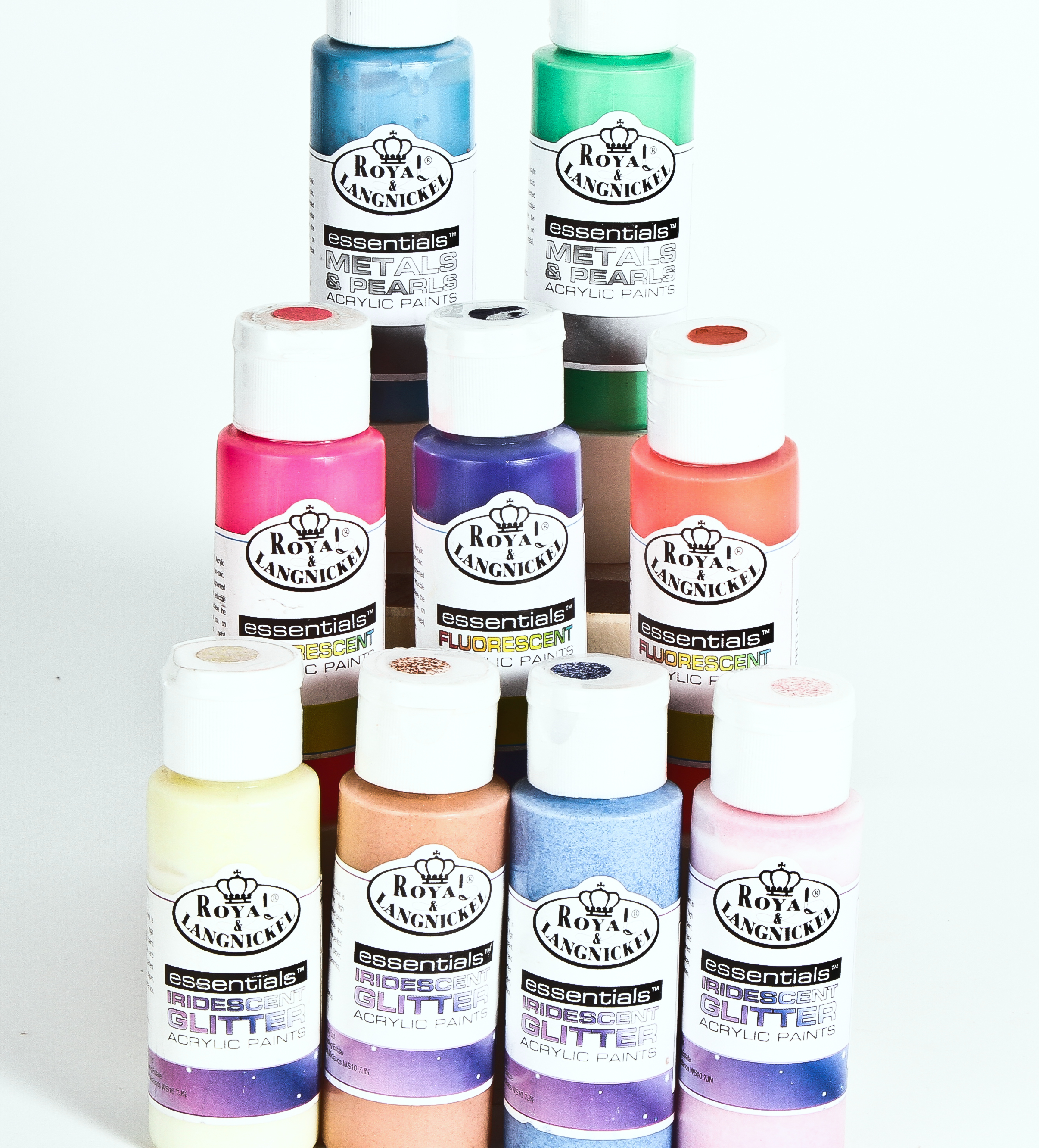 Discounted Artist & Hobby Acrylic Paints